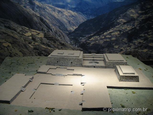 Maquete das ruínas exibida no museu – sítio arqueológico Ruínas Chavin de Huantar