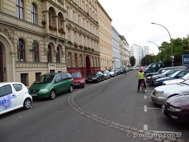 Conhecendo Berlim de bike - o que sobrou do Muro de Berlim