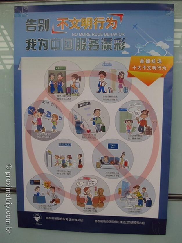 Como ensinar bons modos aos chineses - em uma placa!