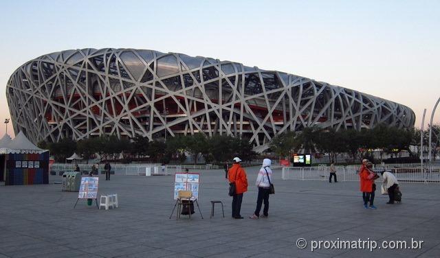 Estádio Olímpico Ninho de Pássaro (bird's nest) em Pequim - China