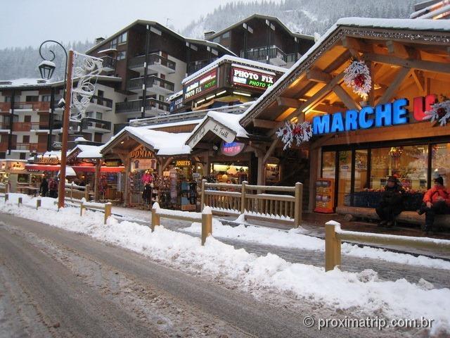 O supermercado Marche em La Clusaz França