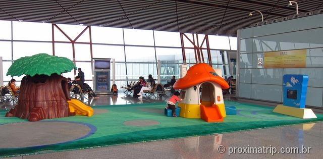 Espaço para crianças no Aeroporto Internacional de Pequim (PEK)