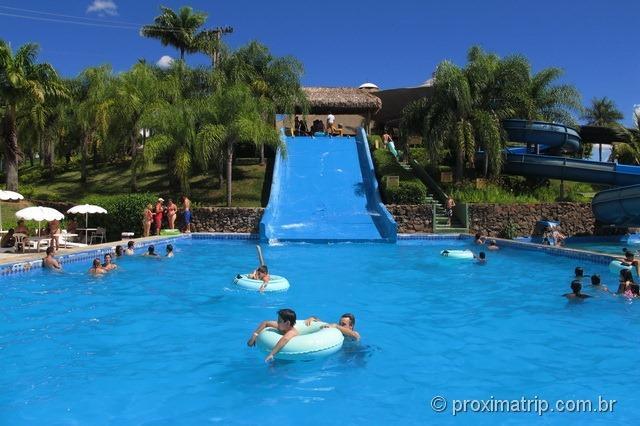 """Piscina do toboágua tipo """"escorregador"""" - Parque aquático Thermas Water Park - Águas de São Pedro"""