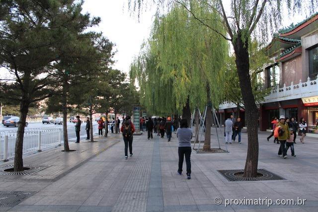 Rua ao lado da Praça da Paz Celestial - Pequim - China Tian'an Men