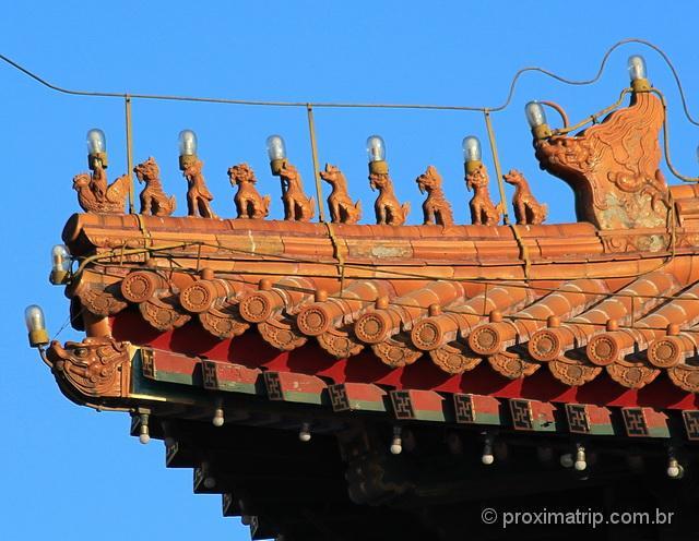 Monstrinhos (animais míticos) nos telhados do Tian'an Men - Pequim