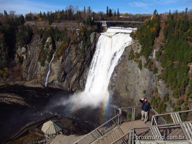 Escadaria - aqui termina o passeio em Montmorency Falls