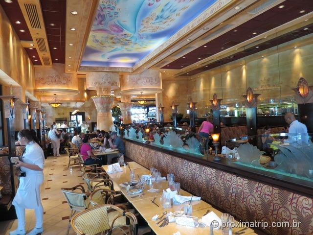 Cheesecake Factory Fort Lauderdale por dentro