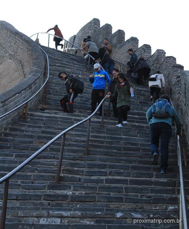 Muralha da China - nos trechos mais íngremos há escadarias