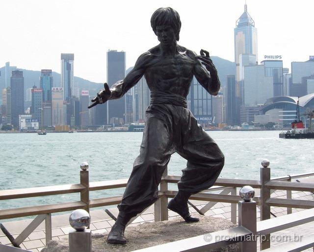 Estátua do Bruce Lee na Avenida das Estrelas - Hong Kong