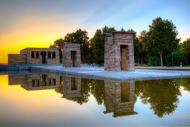 640px-Templo_de_Debod_in_Madrid