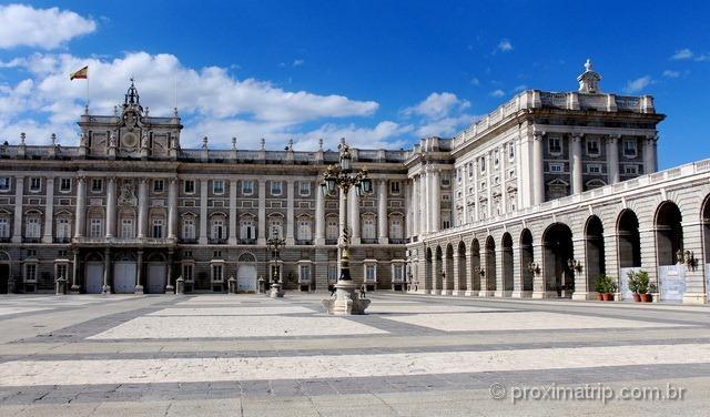 O que fazer em Madri: o Palácio Real é uma das principais atrações da cidade!