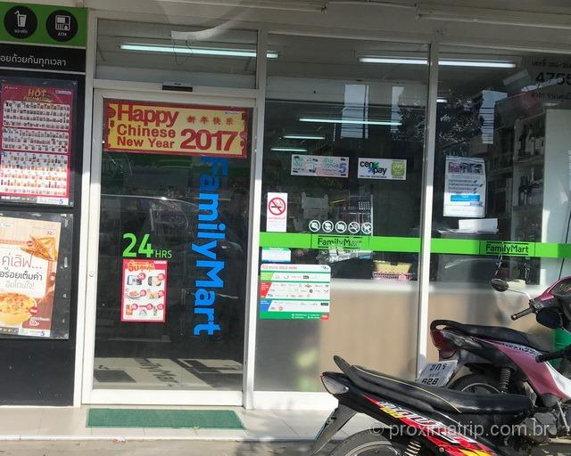 loja-conveniencia-chip-pre-pago-celular-tailandia-family-mart
