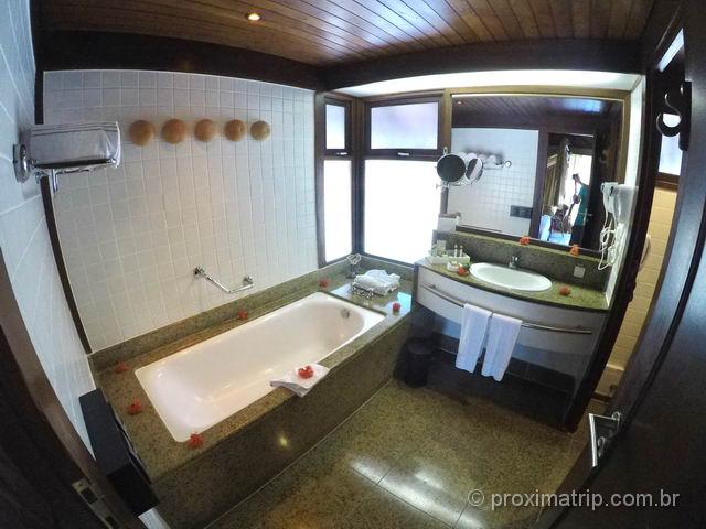 Nannai Resort & Spa: Banheiro do Bangalô super luxo com piscina