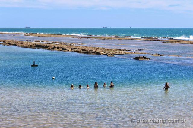 Praia de Muro Alto, águas calmas e sem ondas, em Porto de Galinhas - Pernambuco