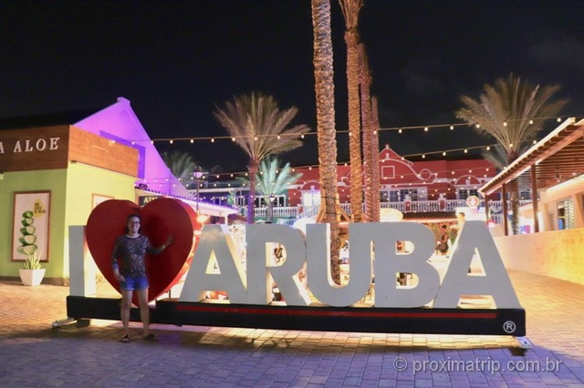 Letreiro I love Aruba Palm Beach