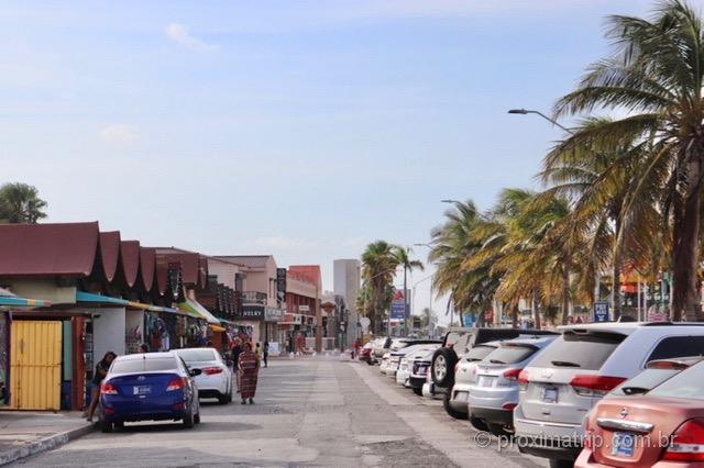Lojas de artesanato e souvenir - Oranjestad