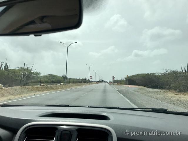 Dirigindo nas estradas de Aruba