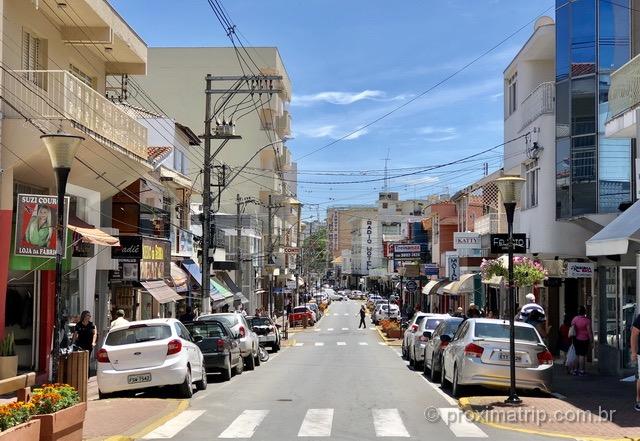 Centro comercial em Serra Negra