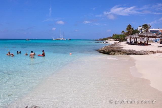 Praia de Boca Catalina em Aruba