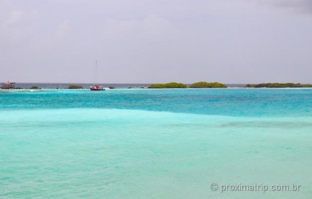 Lindos tons de azul em Mangel Halto - Aruba