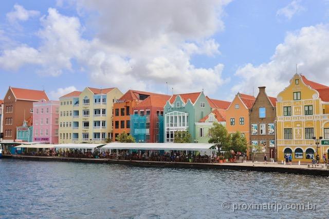 Casinhas coloridas de Punda em Curaçao