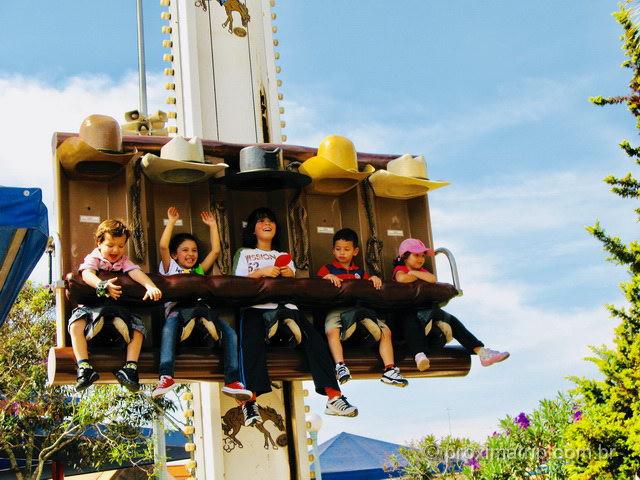 Hopi Hari: parque de diversões é uma das opções de passeios perto de SP