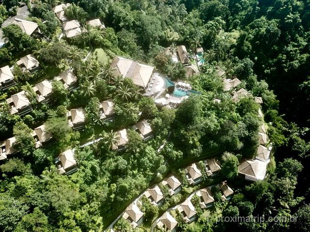 Um oásis para ficar em Bali: Hanging Gardens e suas villas no meio da floresta em Ubud