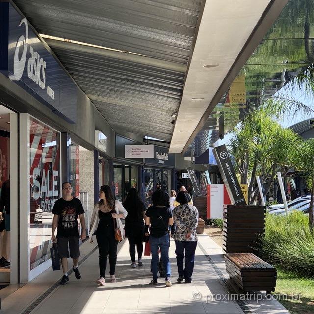 Outlet Premium São Paulo: passeio agradável com lojas a céu aberto