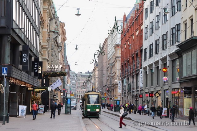 O que fazer em Helsinki: caminhar pela cidade é agradável, as ruas são planas e tranquilas