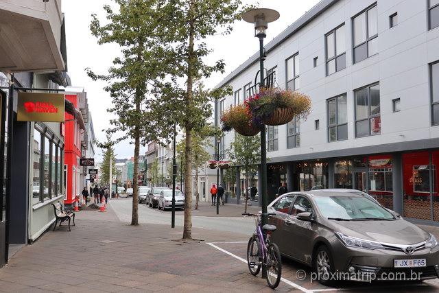 Laugavegur: passear pela avenida é um dos passeios agradáveis em Reykjavík