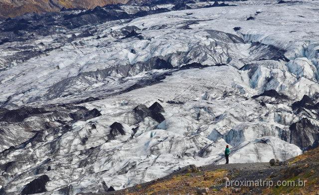 Sentindo-se insignificante perto da grandiosidade da natureza: isso é Islândia!