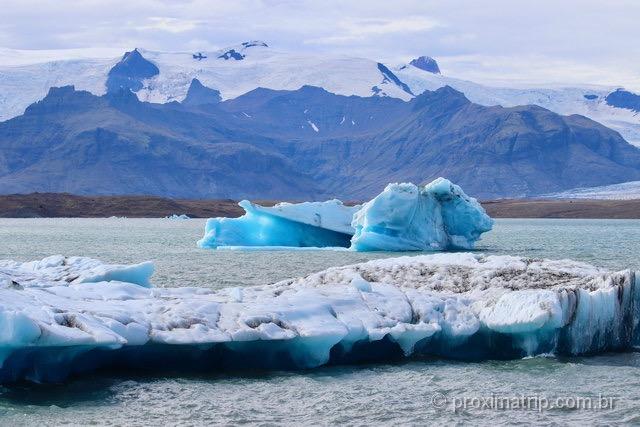 Geleiras, icebergs e montanhas: paisagens deslumbrantes na Islândia!