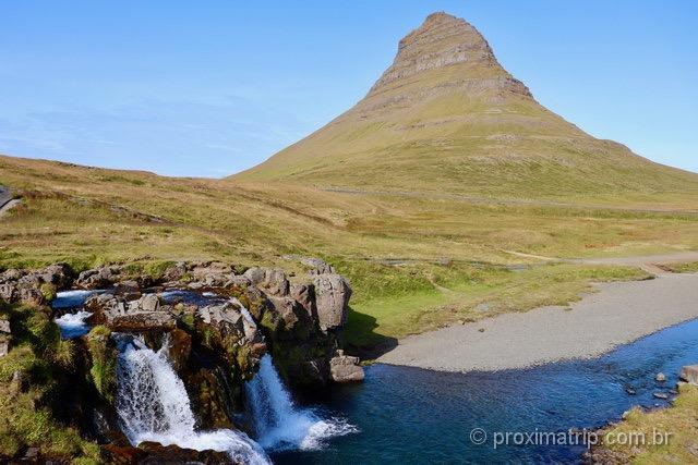 Kirkjufell: a montanha é um dos principais pontos turísticos da Islândia!