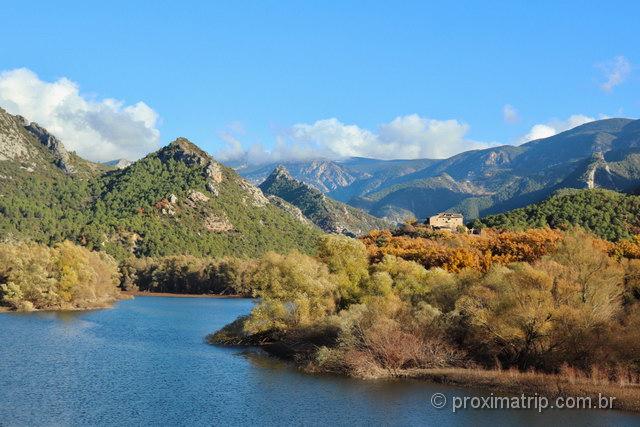 região dos Pirineus, entre Espanha e Andorra