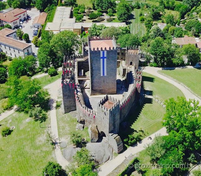 Castelo Guimarães foto aérea drone