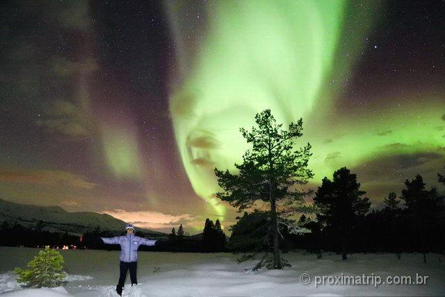 como fotografar a aurora boreal com pessoas