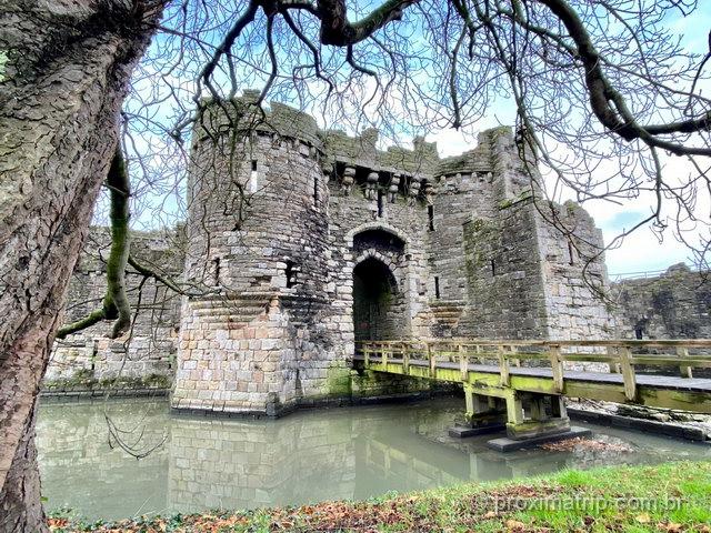 Castelo de Beaumaris: O principal atrativo da cidade é Patrimônio da Unesco