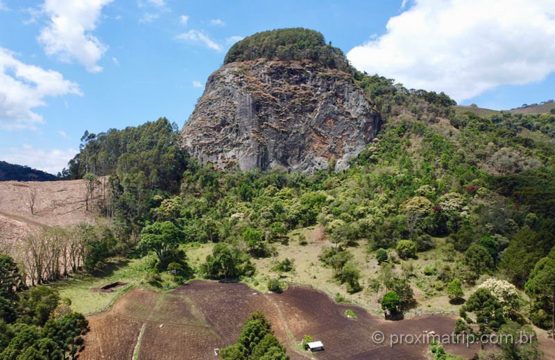Pedra Chanfrada em Gonçalves MG com drone