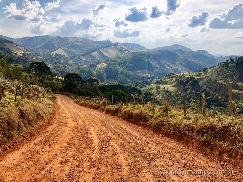 estrada de terra em Gonçalves MG