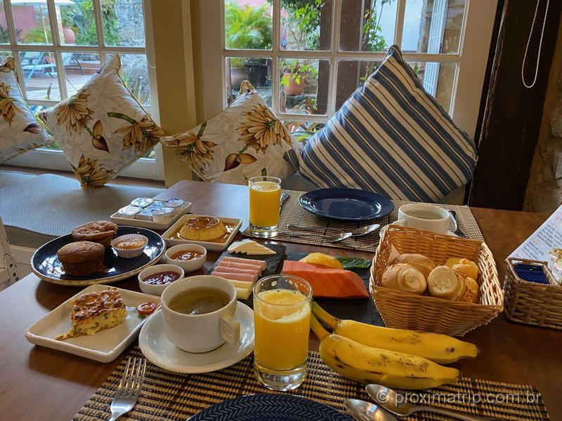 Café da manhã na Pousada do Sandi, em Paraty