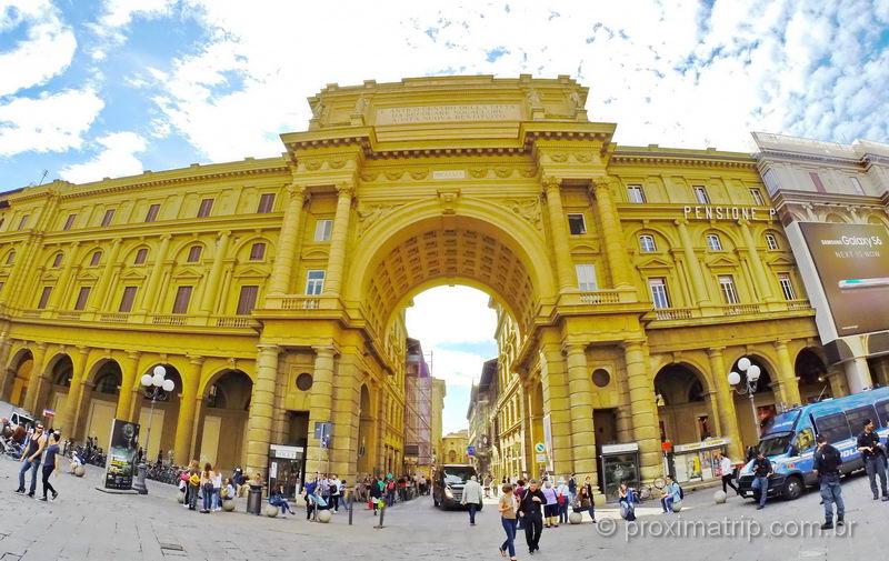 o que fazer em florença - Piazza della Republica